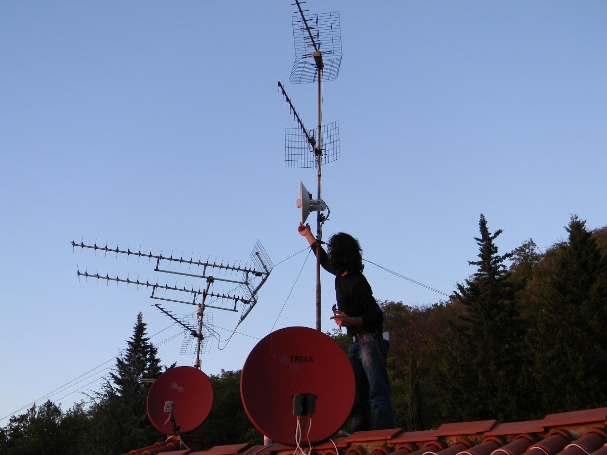 Aligning antenna
