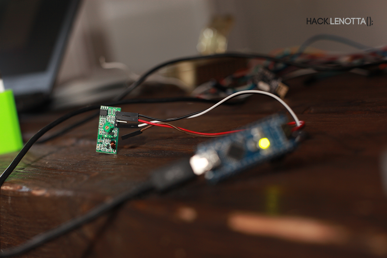 433MHz module attached to the Arduino